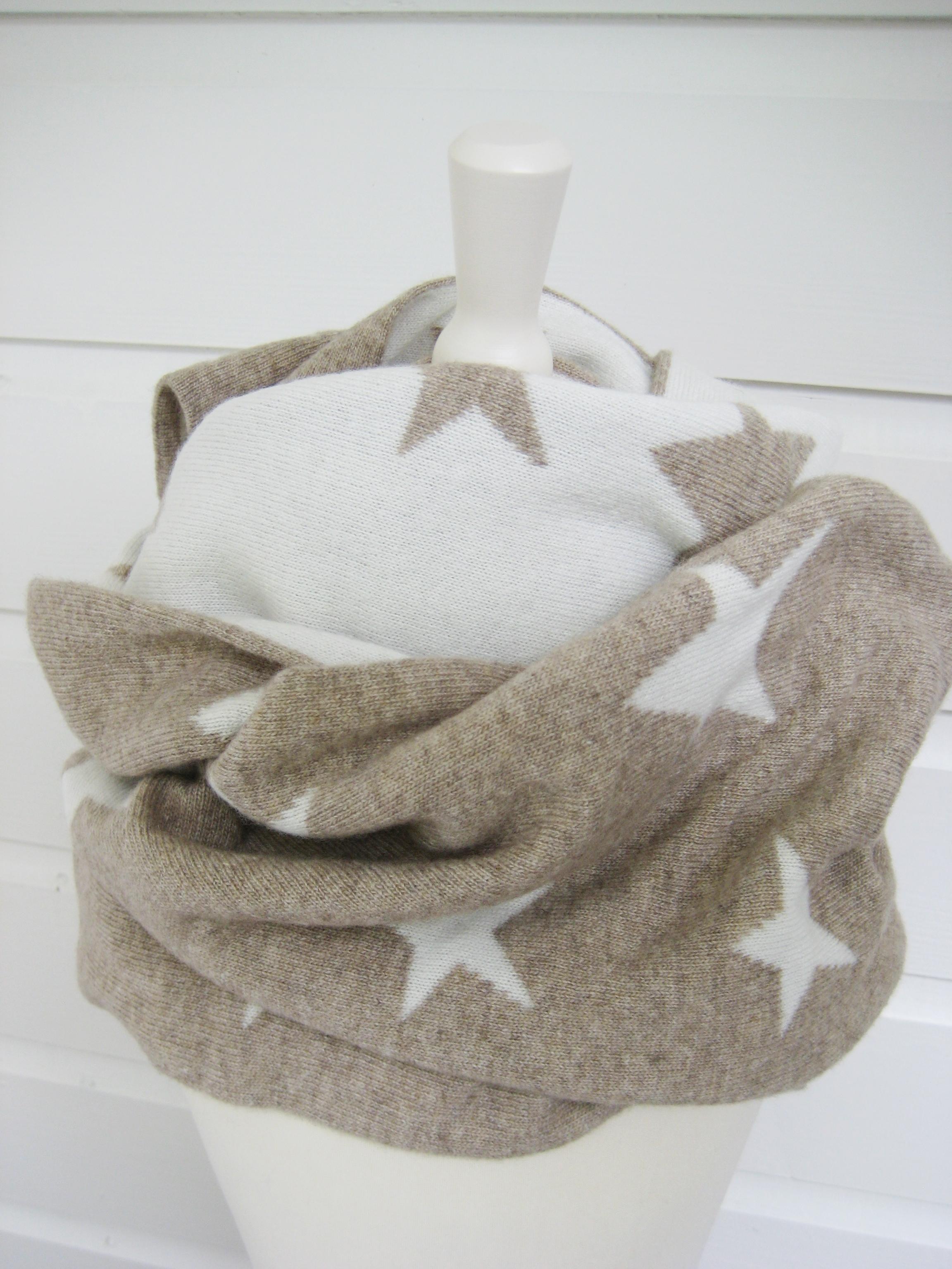 Kinderzimmer sterne beige  Schal